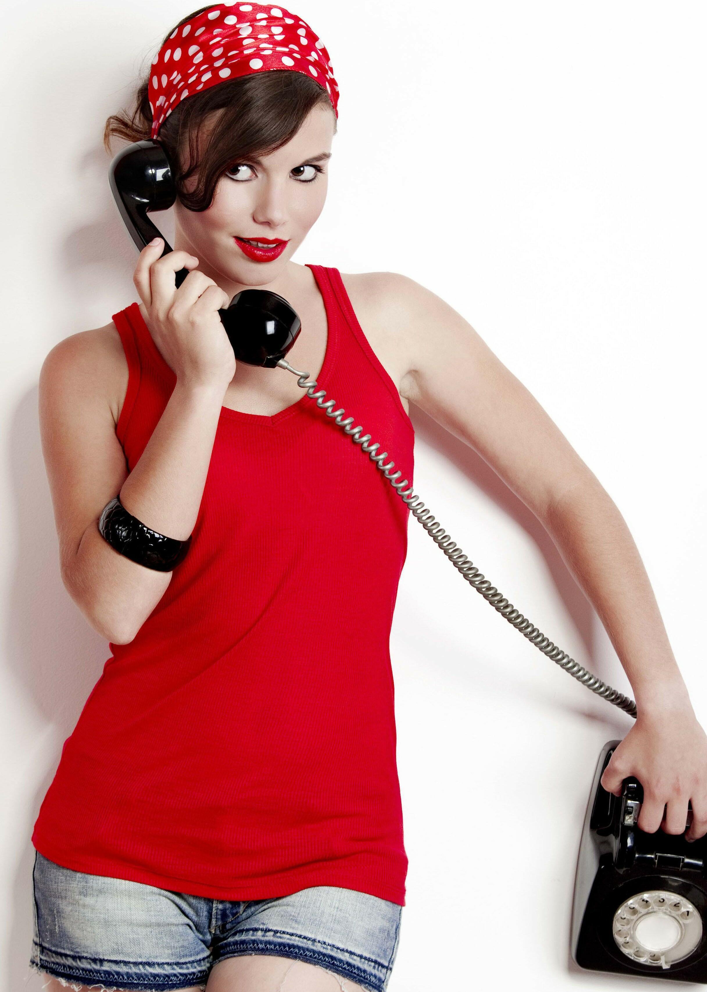 картинки звонящих по телефону водоотливная