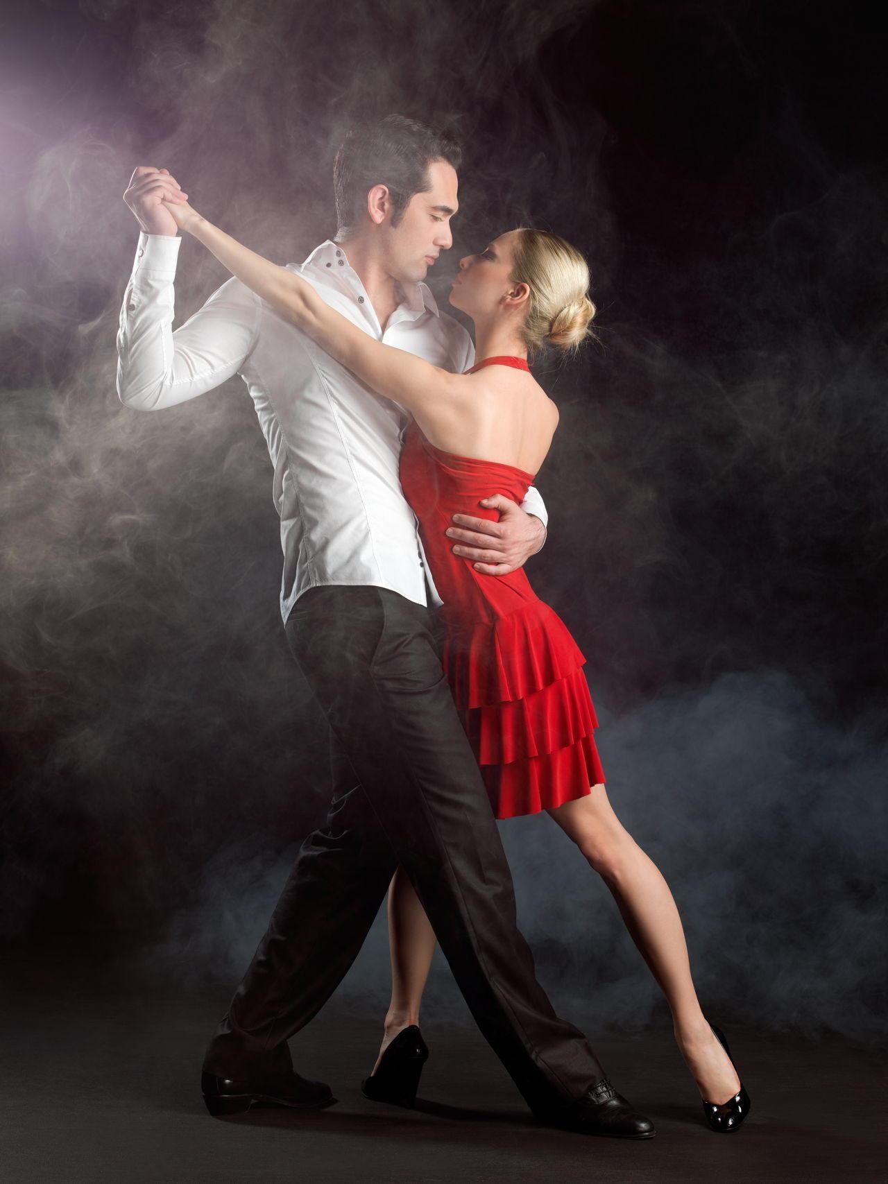 красивая пара в танце картинка лицо