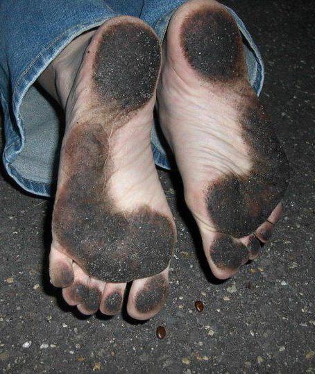 женцкии ножки грязные