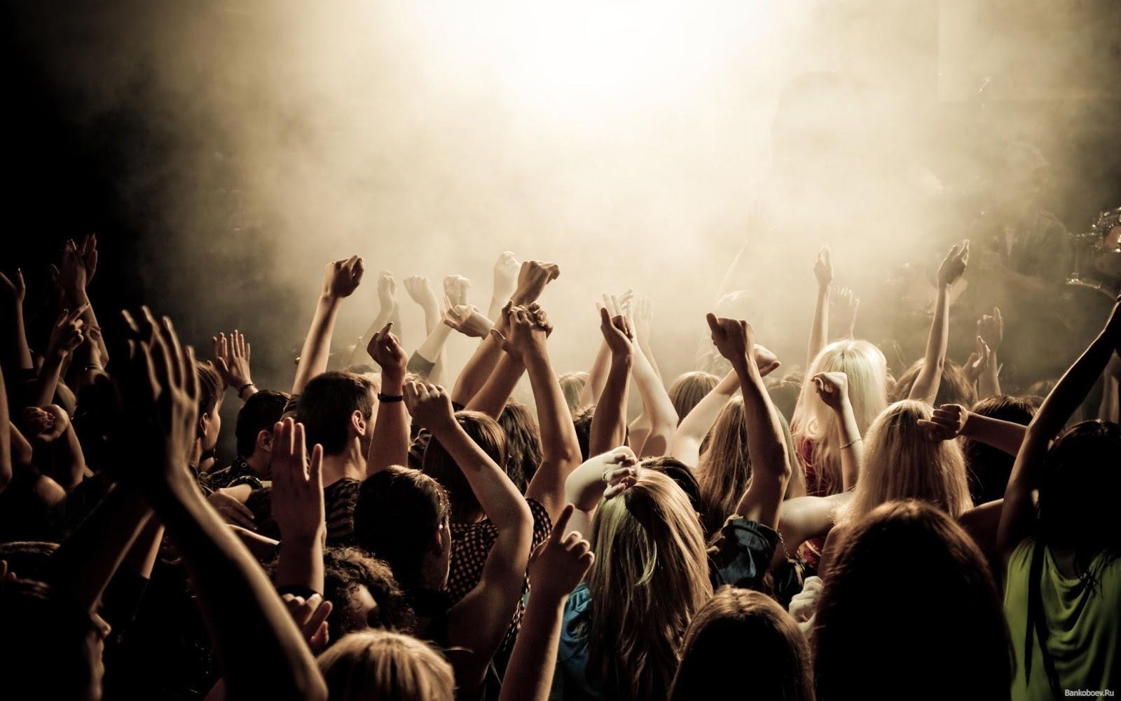 Я люблю дискотеки и танцы