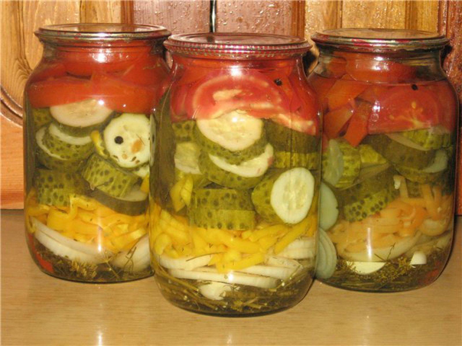 Салаты на зиму самые вкусные рецепты из помидор и огурцов и перца