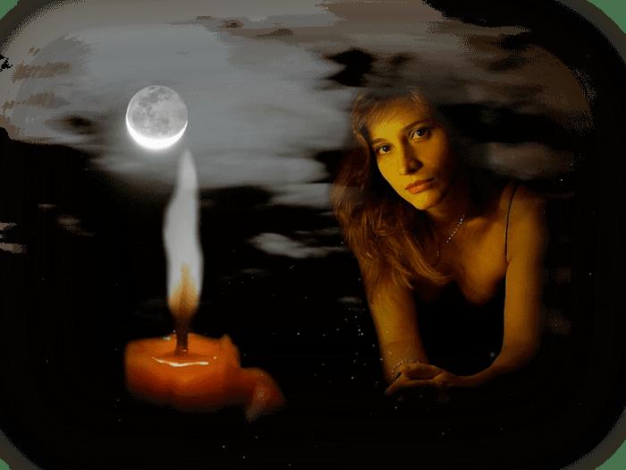 Зажгла свечу