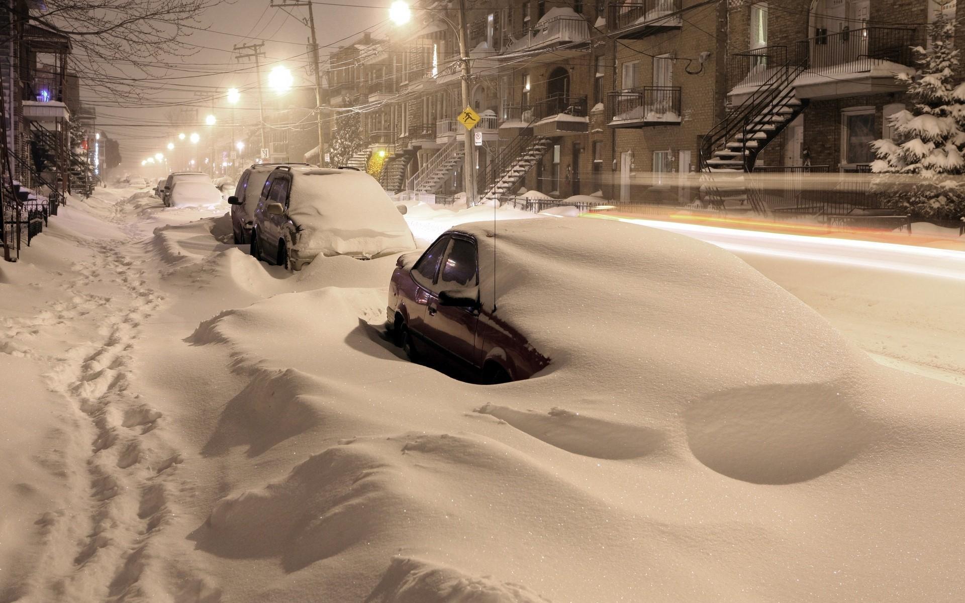 любим картинки много снега в городе фигура