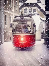 Снег метёт над Петербургом