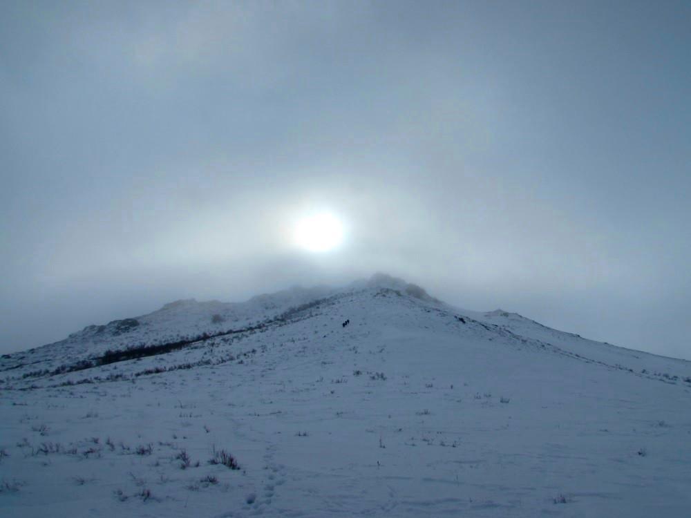 В облаках уснули горы