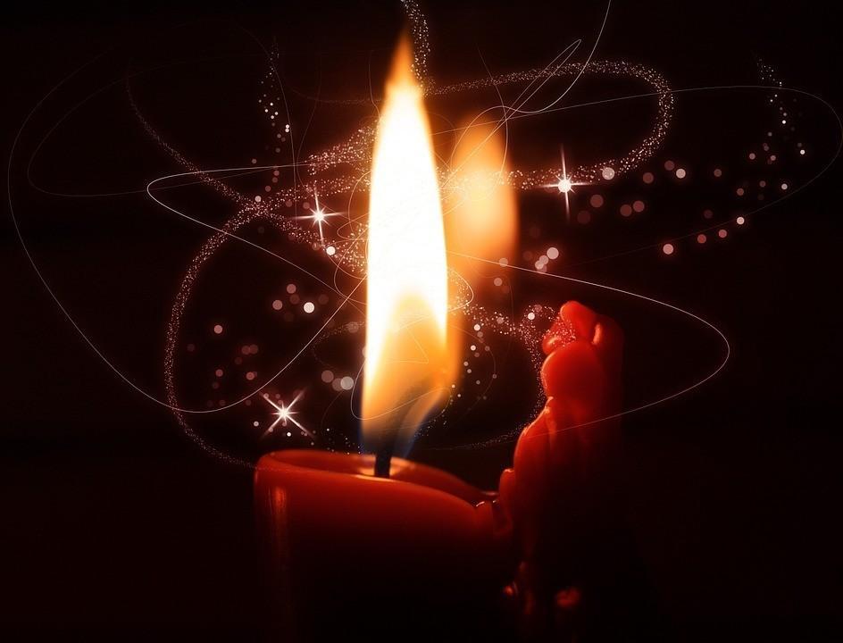 разработан для приворот по фото зажгите любую свечу человек