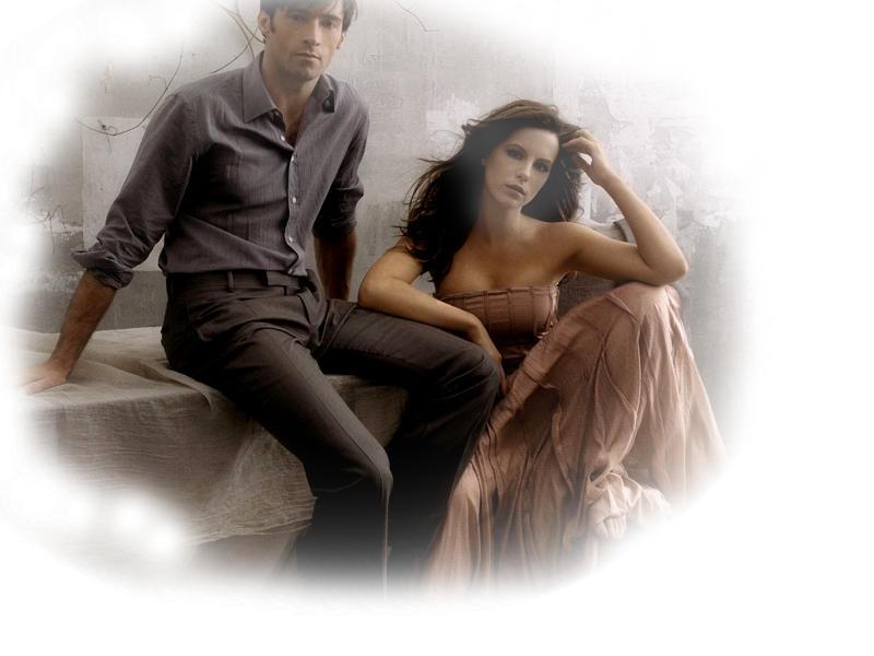 анимация красивая пара на прозрачном фоне удаляется эллиптическим или