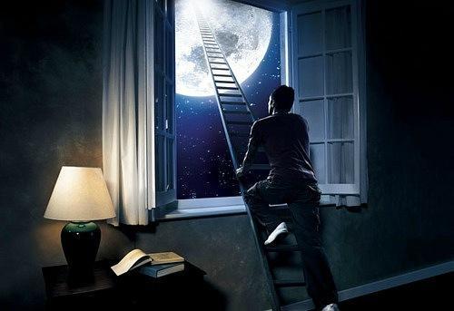 У меня запой от одиночества по ночам