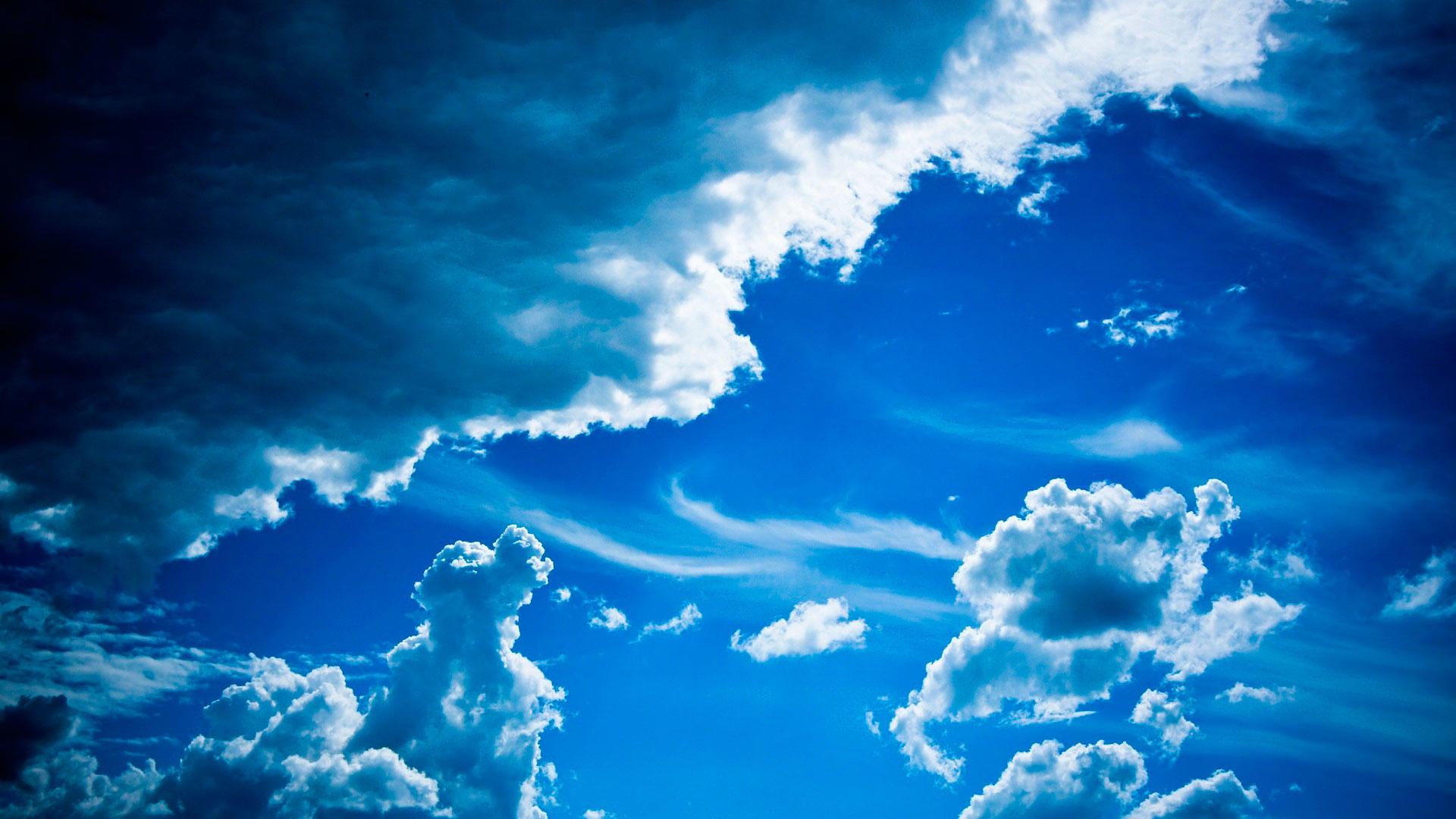 Облака в голубом небе  № 1666006  скачать