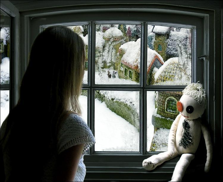 анимационная открытка медвежонок смотрит в окно мысль