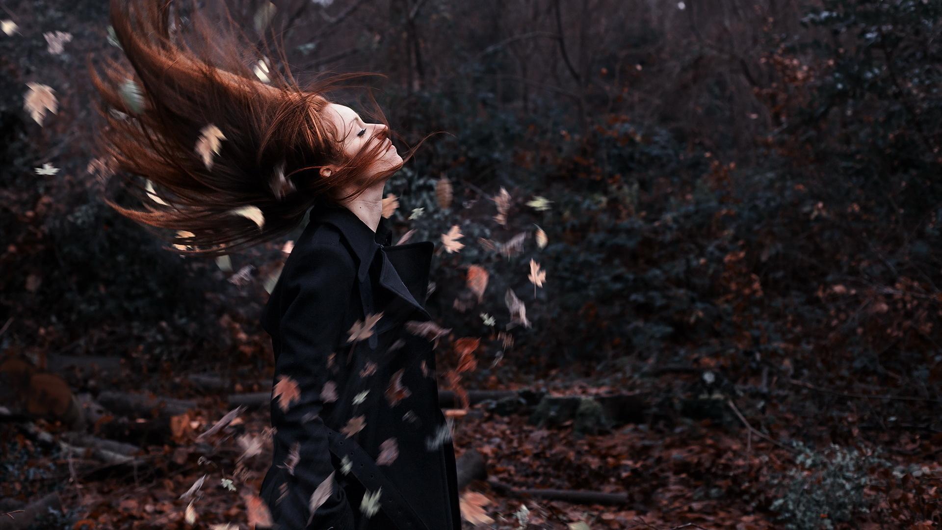 Развивающиеся на ветру волосы онлайн