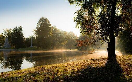 Есть в осени прекрасная пора