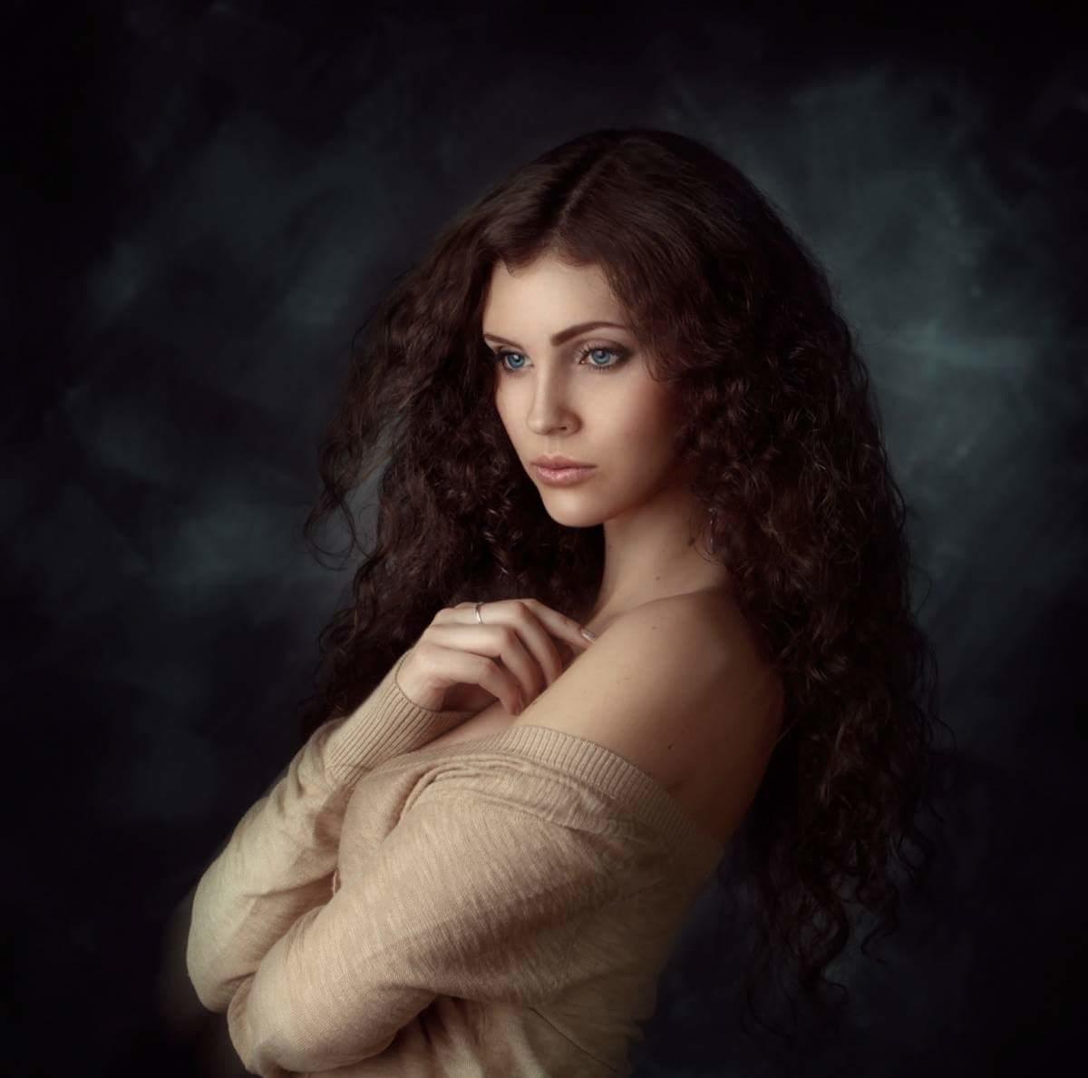 александра появилась красивый художественный фотопортрет в москве пожлуйста как спомощю