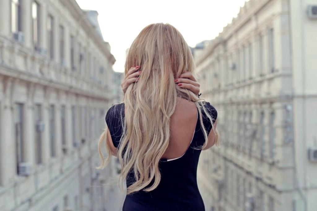 Спина девушки блондинка картинки