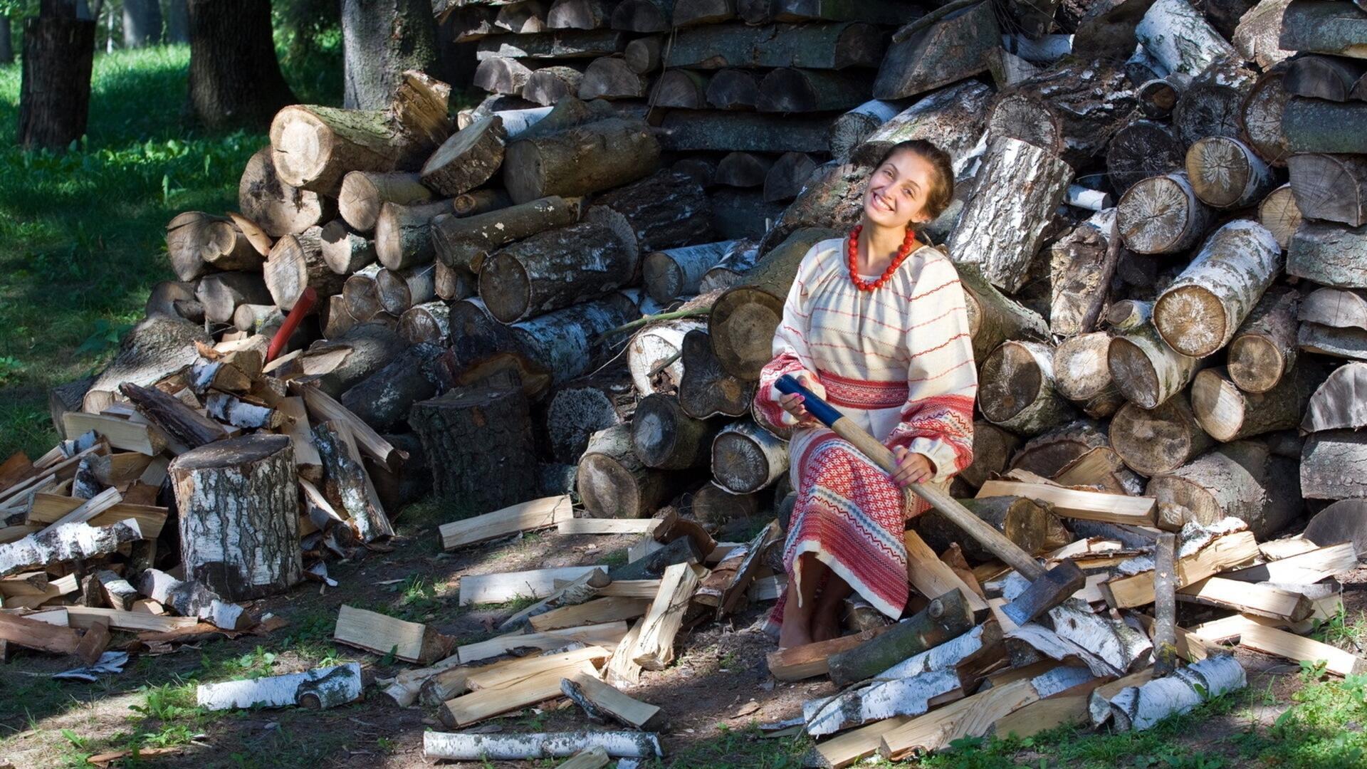 Колоть дрова смешные картинки