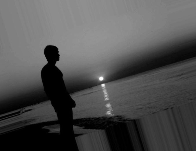 """""""Ливнями рыдает одиночество..."""""""