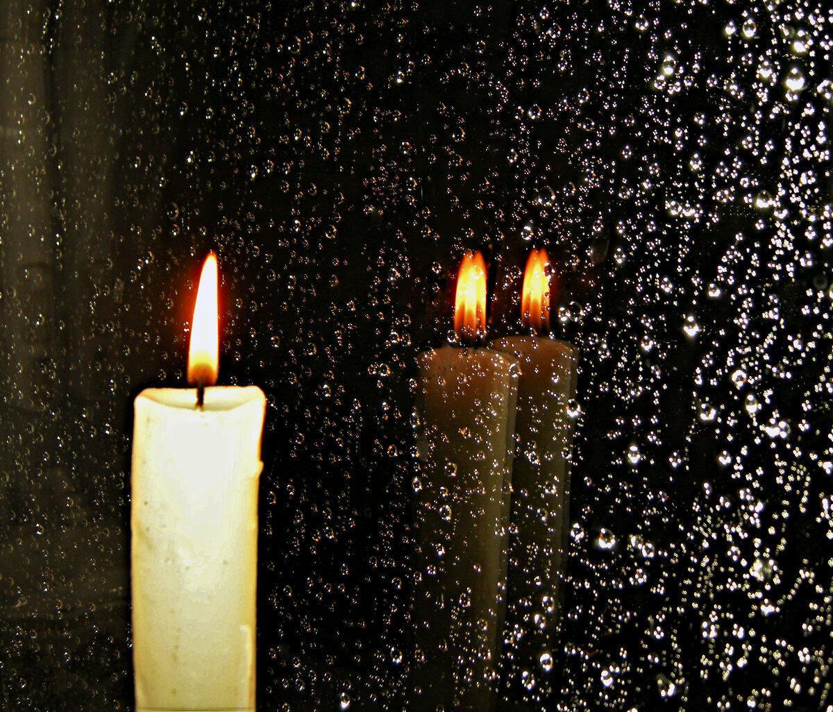 картинка свеча горящая ночью нужно
