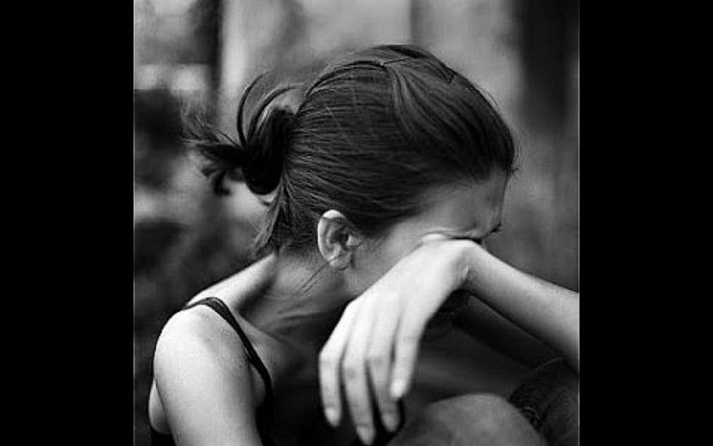 подруге День как успокоиться и перестать плакать рабынь их