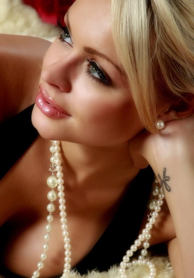 Фото красивые женщины на аву