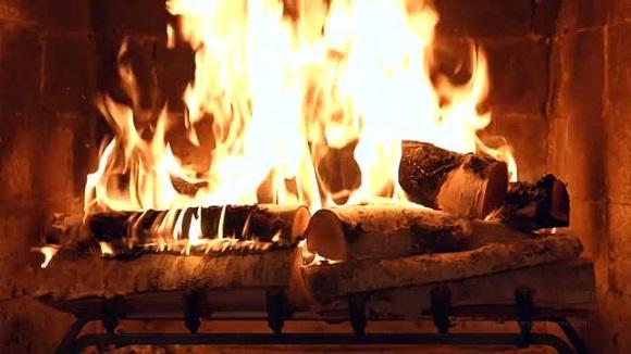 анимационные картинки огонь в печке конце фото домов