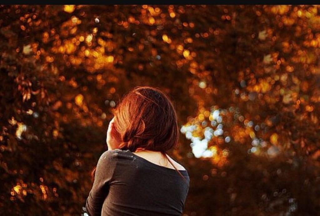 Осень девушки со спины картинки на аву