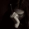 Поэт Алиса В стране чудес, стихи которого вы можете прочитать в поэтической социальной сети Поэмбук.