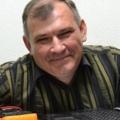 Поэт Пономаренко Юрий, стихи которого вы можете прочитать в поэтической социальной сети Поэмбук.