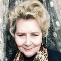Поэт Раменская Галина, стихи которого вы можете прочитать в поэтической социальной сети Поэмбук.