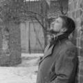 Поэт Жемчужников Ярослав, стихи которого вы можете прочитать в поэтической социальной сети Поэмбук.