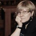 Поэт Наталия Старынина, стихи которого вы можете прочитать в поэтической социальной сети Поэмбук.