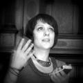 Поэт Ульяна Валерьевна, стихи которого вы можете прочитать в поэтической социальной сети Поэмбук.