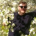 Поэт Ефимов Юрий, стихи которого вы можете прочитать в поэтической социальной сети Поэмбук.