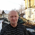 Поэт Лапшин Вячеслав, стихи которого вы можете прочитать в поэтической социальной сети Поэмбук.